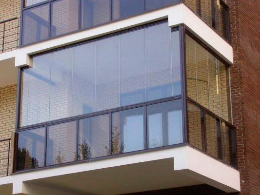 В чем разница лоджии от балкона
