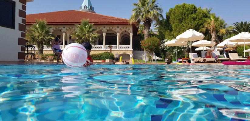 где лучше отдыхать в Турции или Тунисе
