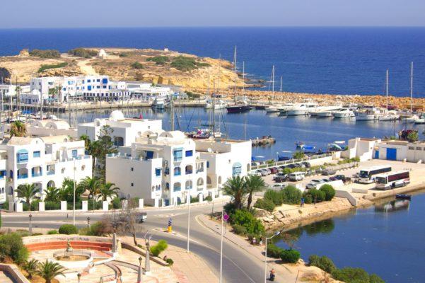 что выбрать Кипр или Тунис