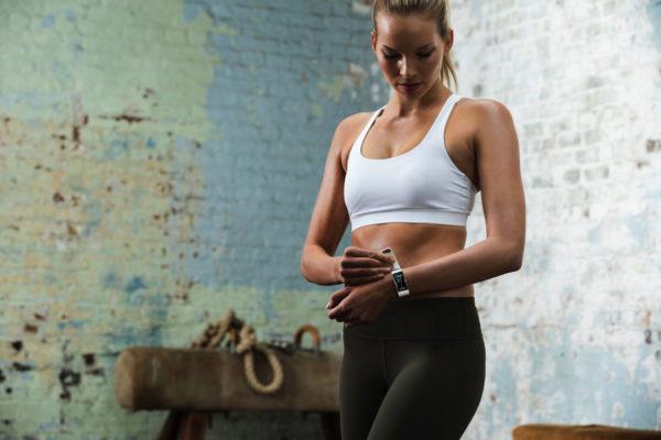 как правильно пользоваться фитнес браслетом