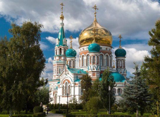 чем отличается церковь от храма и собора