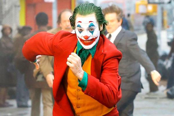 Танец Джокера из фильма